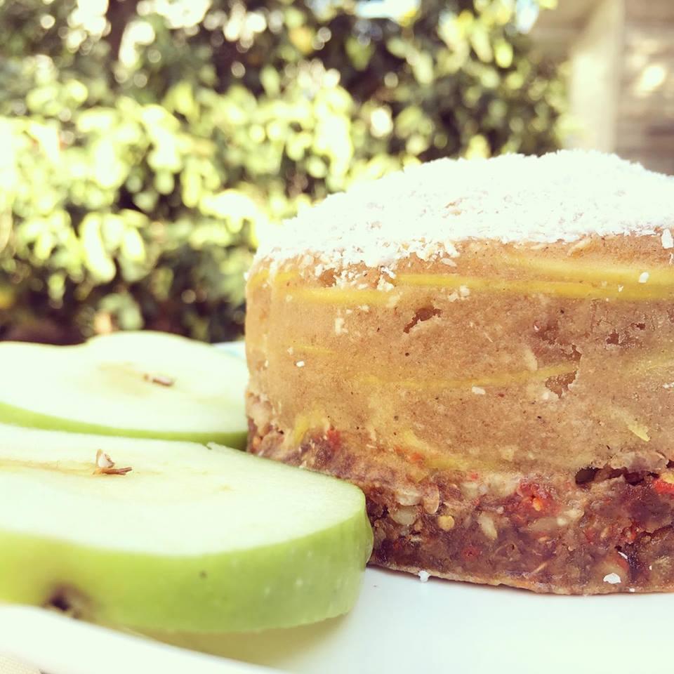 עוגה מתפוחים אורגניים