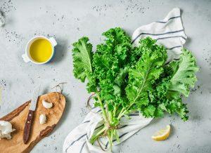 ירקות ירוקים קייל