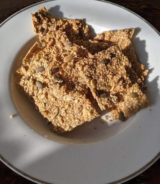 קרקר כוסמין ממרכיבים אורגניים